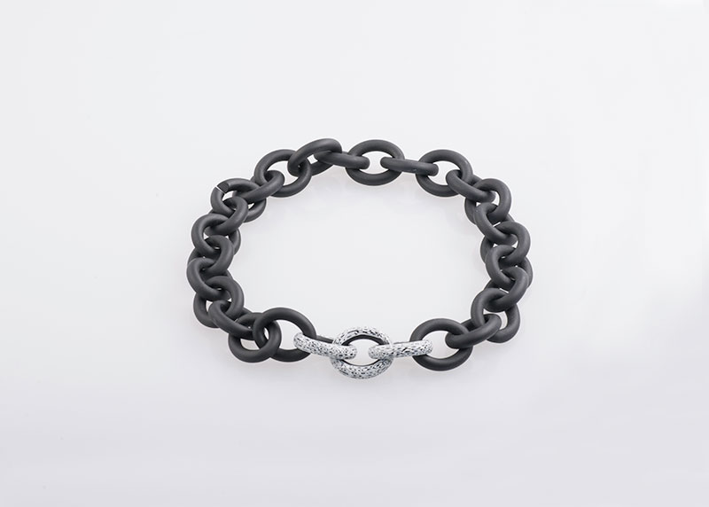Schwarzes Anker-Collier Juwelier Raths Bonn